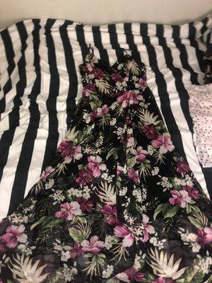 Charlotte russe tropical maxi dress for Sale in Gilbert, AZ