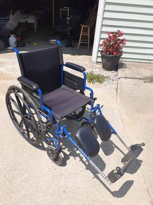 Drive wheelchair, only used for a month for Sale in Middletown, PA