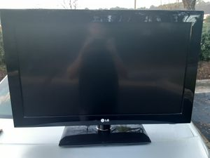 LG TV for Sale in Raleigh, NC