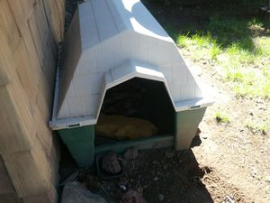 Dog house for Sale in Prineville, OR