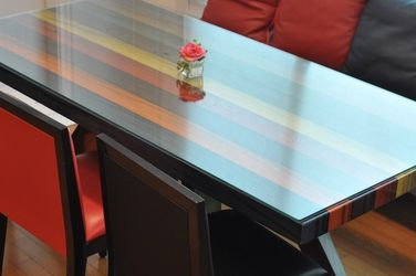Dining Table and Chairs for Sale in Sammamish,  WA