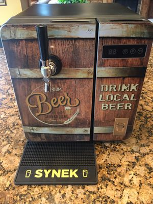 SYNEK Countertop Craft Beer Draft Dispenser Silver Kegerator Extras Tap Growler for Sale in Byron, MN