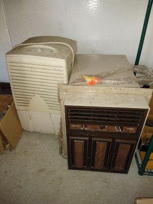 AC window unit / humidifier for Sale in Jacksonville, FL