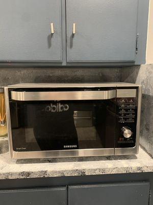 Microwave oven for Sale in Fall River, MA