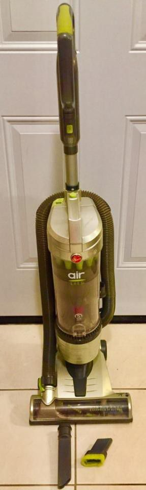 Hoover Air Lite Vacuum Cleaner - Excellent super clean condition for Sale in Wylie, TX