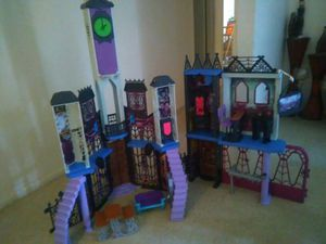 Monster high doll house and all furniture for Sale in Scottsdale, AZ