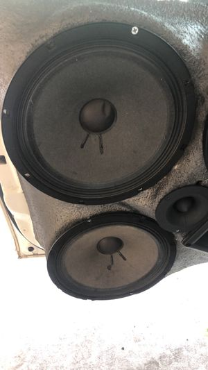 "Got 4 10"" Faital pro speaker for sale and a 3500 Audio V1 Bass Amp for sale for Sale in Ocoee, FL"
