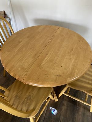 Table and chairs for Sale in Manassas, VA