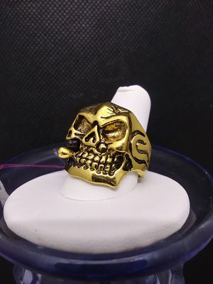 Smoking Skull Ring Size 11 for Sale in Grove City, OH