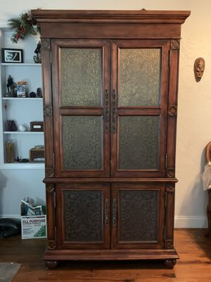TV Armoire for Sale in St. Petersburg, FL