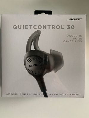 Quietcontrol 30 Wireless Bluetooth Headphones for Sale in Brooklyn, NY