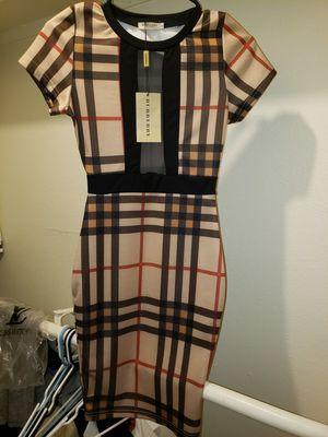 Burberry dress small for Sale in Phoenix, AZ