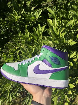 Jordan 1 Mid for Sale in Prospect Heights, IL