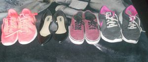 Shoes nike tennis, mossimo shoes, and vans for Sale in El Paso, TX