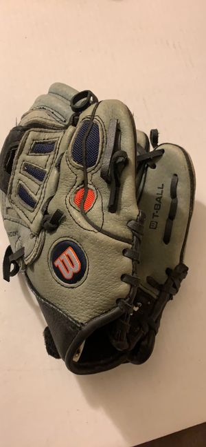 "Wilson T-BALL Baseball Glove Right A0425 Ex95 EZ Catch 425 T-Ball 9 1/2"" Leather for Sale in Pittsburgh, PA"