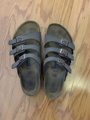 Birkenstock's size 10 for Sale in Manassas, VA