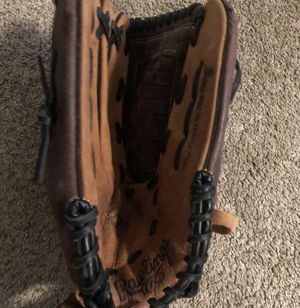Rawlings baseball glove for Sale in Stone Mountain, GA