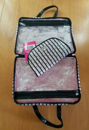 New Makeup Bag for Sale in Henderson, NV