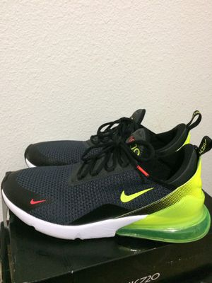 NIKE AIRMAX 270. Size 11.5 for Sale in Tampa, FL