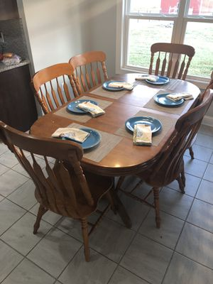 Large Kitchen Table and 6 chairs for Sale in Murfreesboro, TN