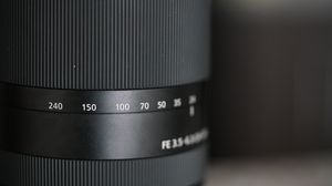 Sony SEL24240 FE 24-240mm for Sale in Cleveland, OH