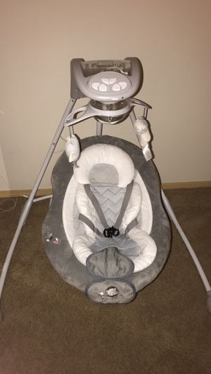 Baby Swing Ingenuity for Sale in Troutdale, OR