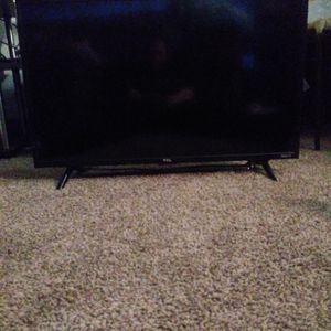 32' TCL Roku TV for Sale in Colorado Springs, CO