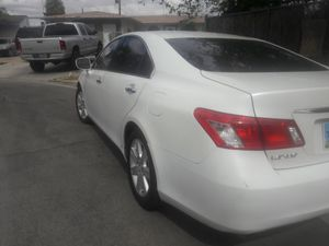 Trade Lexus es350 for toyota tacoma or ford ranger for Sale in Las Vegas, NV