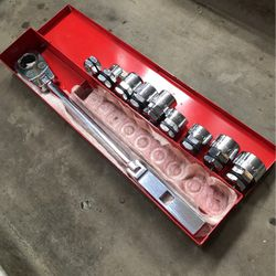 Mac Tools Pass Through Socket Ratchet Set for Sale in Cape Coral,  FL
