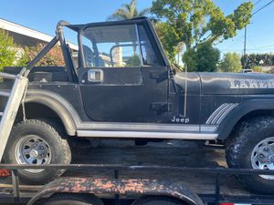 1985 Loredo Jeep (obo) for Sale in Cypress, CA