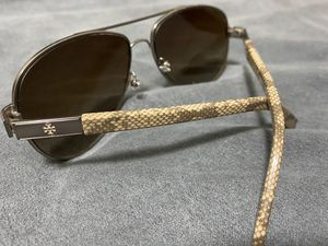 Tory Burch Sunglasses for Sale in Dallas, TX