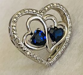 Blue Sapphire Paved Diamond Heart Necklace for Sale in Goodyear,  AZ