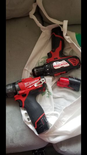 Milwaukee m12 fuel and drive drill 3 battery's for Sale in Portland, OR