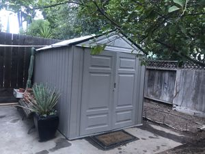 Rubbermaid shed, storage shed, tool shed for Sale in Fresno, CA