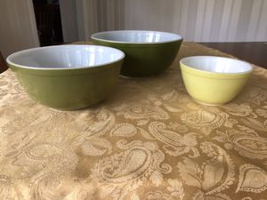Pyrex 3 Bowl Set Avocado Green for Sale in Rochester Hills, MI