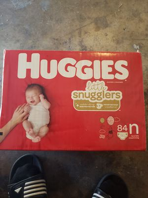 Huggies Little Snugglers 84 Count for Sale in DeSoto, TX