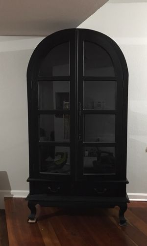 BEAUTIFUL ARCHED DOUBLE DOOR CABINET for Sale in Pensacola, FL