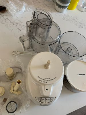 Cuisinart Food Processor with Accessories for Sale in San Diego, CA