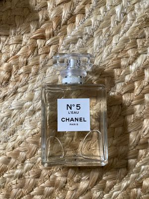 CHANEL No5 L'EAU for Sale in Milwaukie, OR
