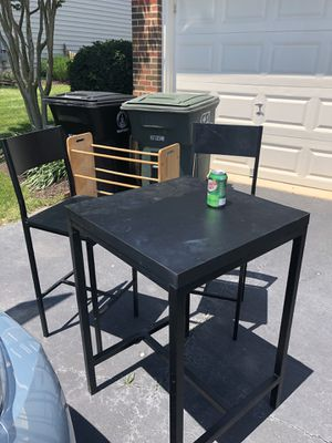 Table and chairs for Sale in Leesburg, VA