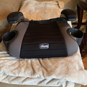 Brand New Chicco Booster Seat for Sale in Philadelphia, PA