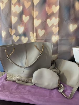 Grey purse for Sale in Naugatuck, CT