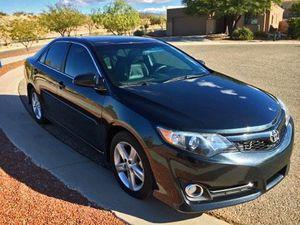 2013 Toyota Camry SE 4door sedan for Sale in Tucson, AZ