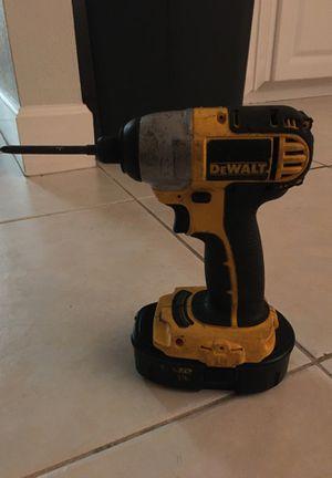 18v dewalt drill with battery included for Sale in Sarasota, FL