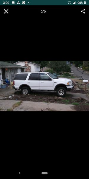 01 Ford Expedition for Sale in Lakewood, WA