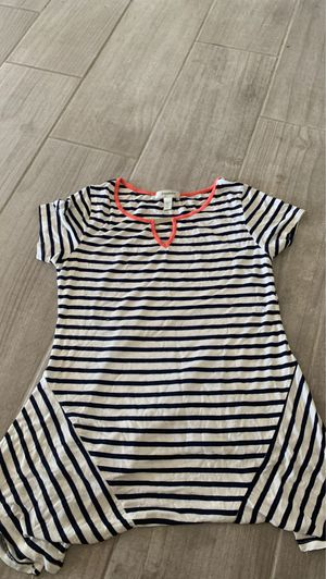 Blouse size Petite Small for Sale in Hesperia, CA