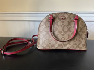Coach Small hand bag for Sale in Frederick, MD