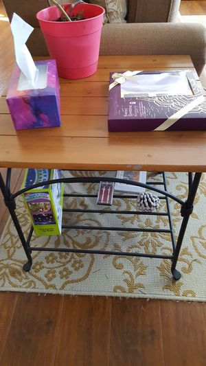Coffee and end table for Sale in Seattle, WA