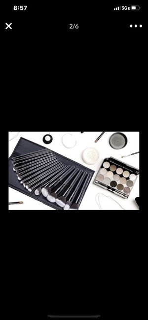 Makeup brushes new for Sale in Hickory Hills, IL