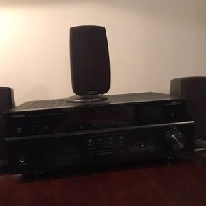 Yamaha Receiver w/ Klipsch surround Speakers for Sale in McDonough, GA